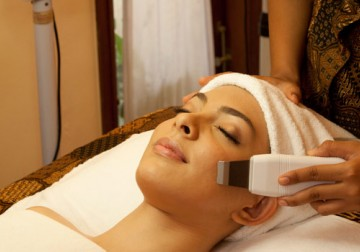 Image The Royal Revitalize Facial