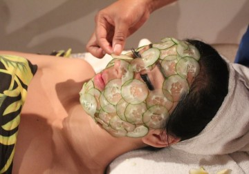 Image Honey & Cucumber Facial
