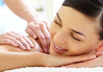 Image Silky Skin Massage (using Pevonia Botanica Product)