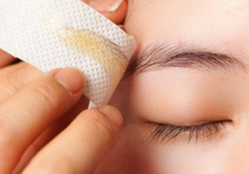 Image Waxing for Female Eyebrow Style and Re-Shape